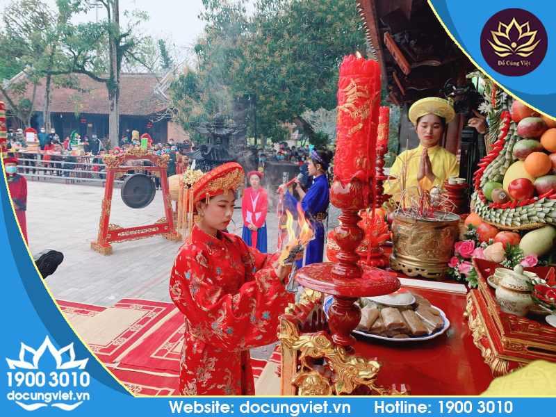 Hình ảnh diễn ra lễ hội đền Mẫu Âu Cơ